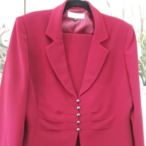 Tahari Skirt Suit Sz. 18 NWOT